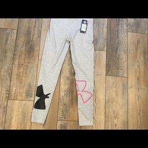 NWT Girls Under Armour leggings Size Lg